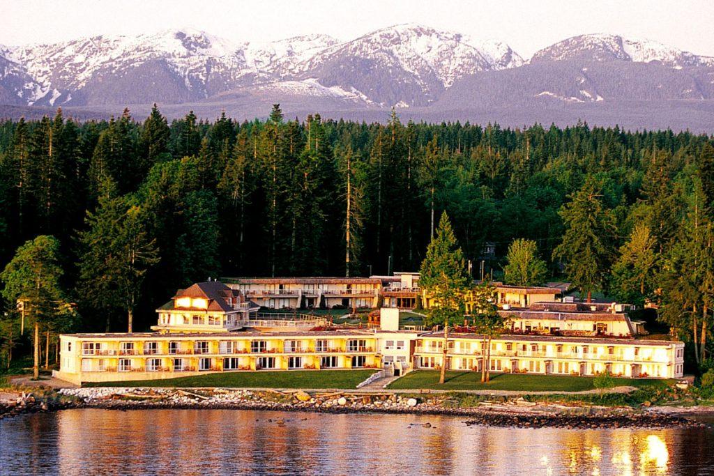Kingfisher Oceanside Resort Spa Comox Valley Bc Hotel
