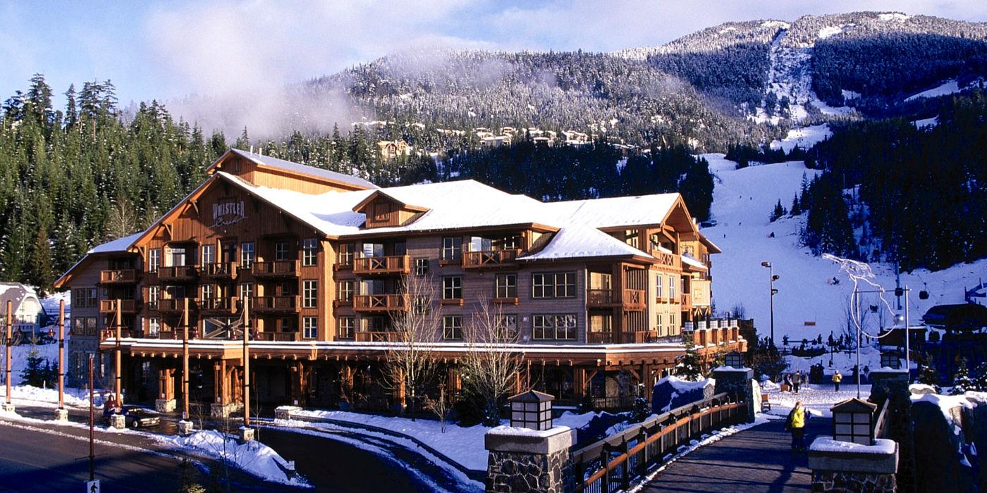 legends-whistler-1400x700-exterior-mountain