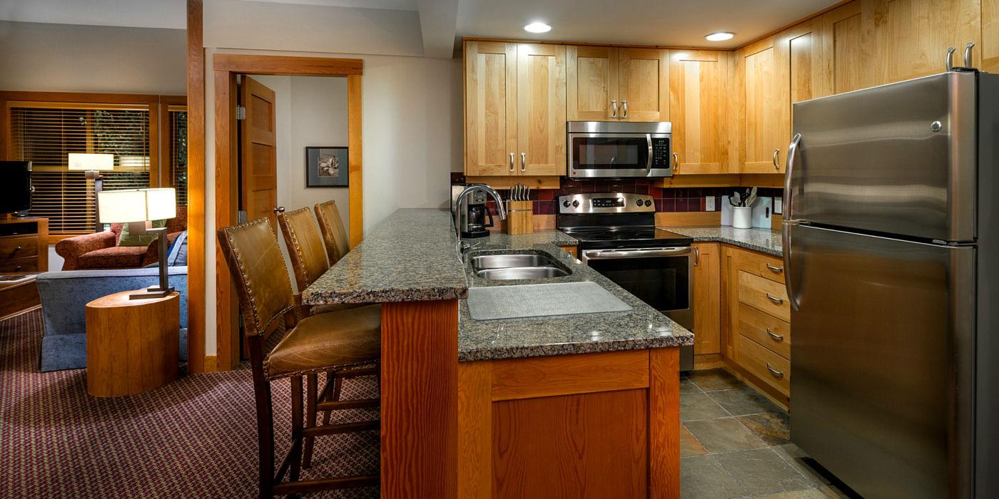 legends-whistler-1400x700-kitchen
