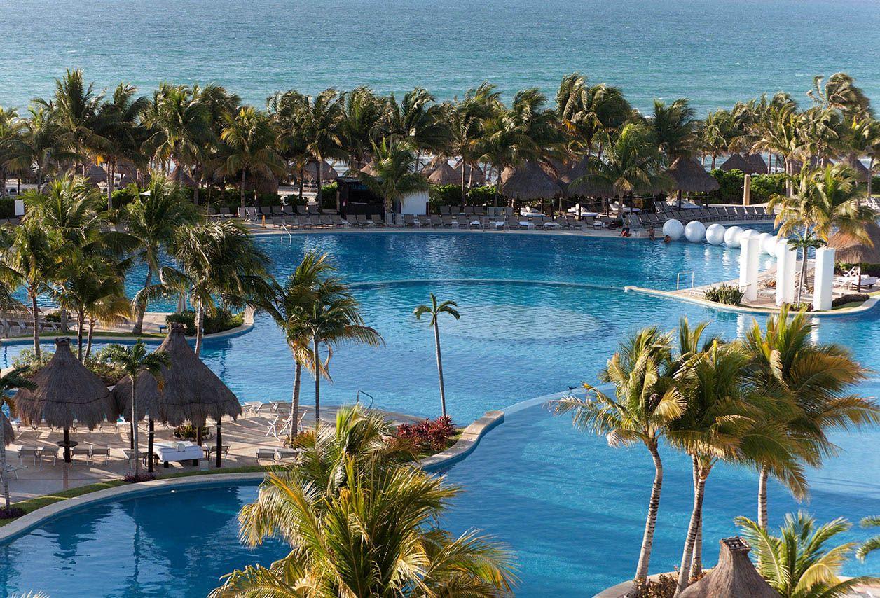main-pool-mayan-riviera