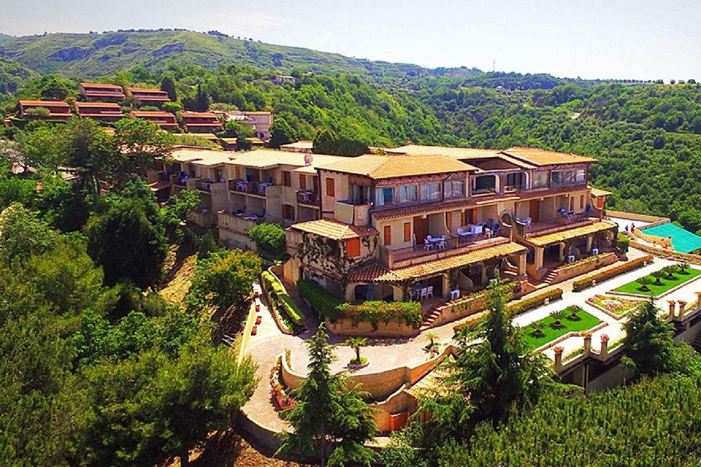 Villaggio Italy